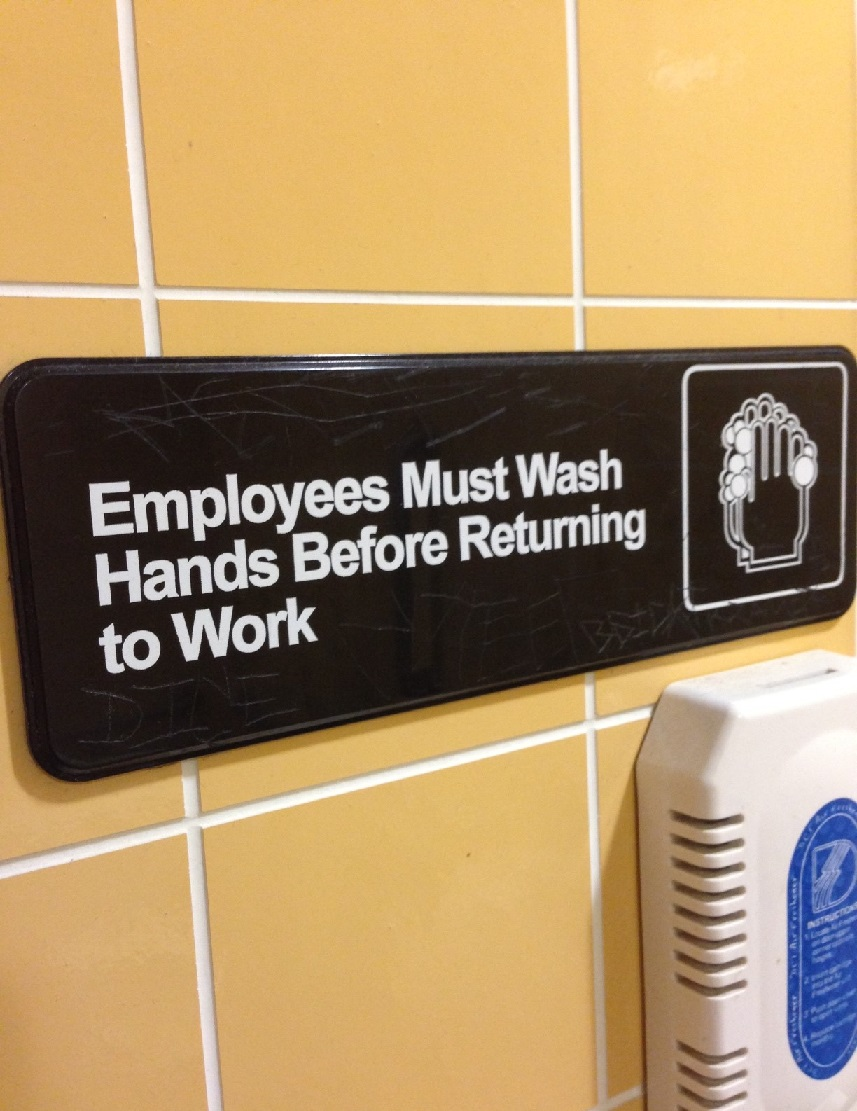 bathroom ポイントを貯める を英語で。 エアマイルを貯めないのはもったいない。留学のついでにポイントを貯めてみよう