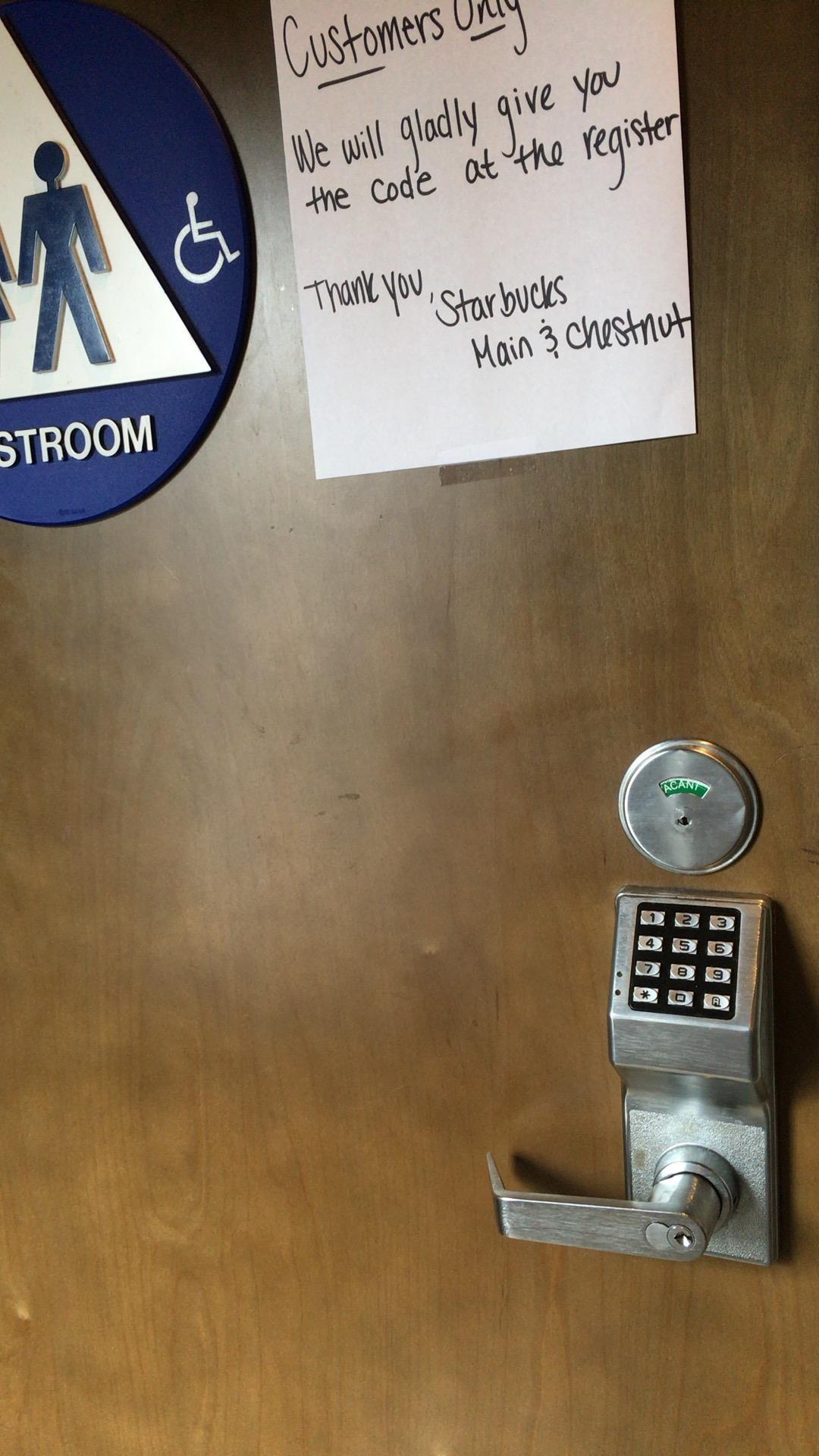 nyc restroom 【トイレかしてください】を英語で。アメリカで日本のラーメンが過大評価?どこも混んでて2時間待ちも