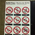 電車でガムを噛んでいたら罰金250ドルいただきました