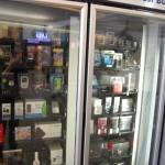 故障しているを英語で。自販機で買ったものがでてこないのがカナダ?