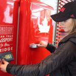 【今日のカナダニュース】 カナダ人だとタダな自販機がソチに登場